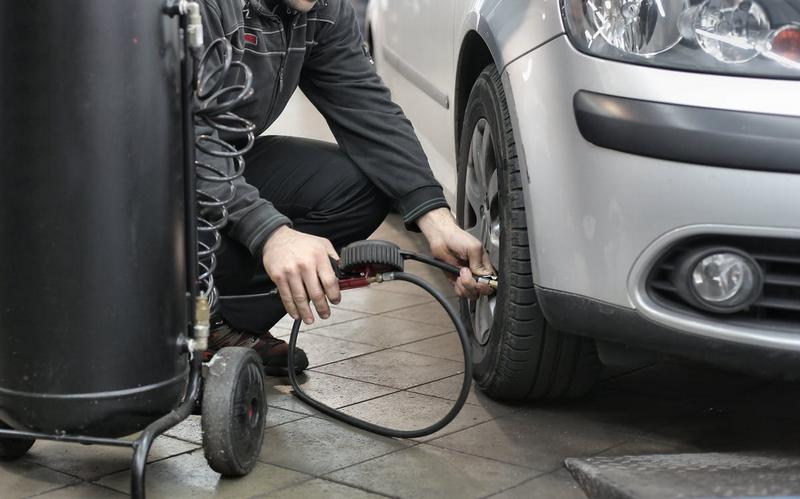 Ešte ste neprezuli do letných pneumatík?
